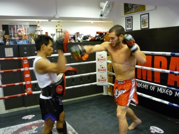 Thor H. Take Private lesson with Kru Dip to get ready for him fight.