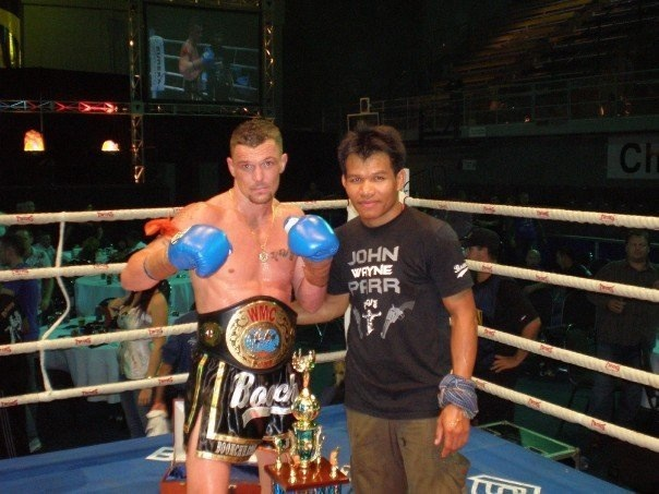 Kru Dip congratulation with John Wayne Parr after win world title, 2008